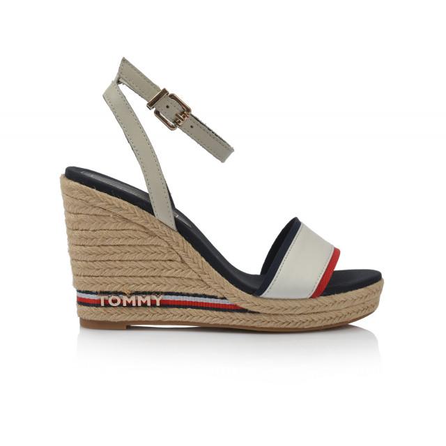 741e800ca5 Dámske sandále na platforme fw0fw04075 biela TOMMY HILFIGER ...