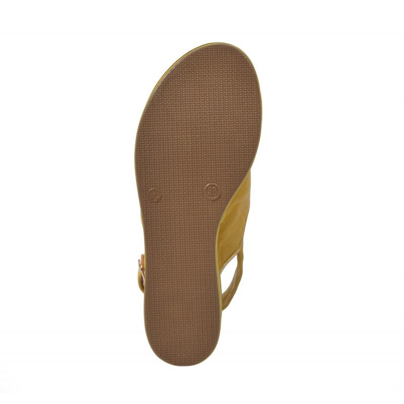 ecafd521c999 Dámske sandále na platforme 124009 žltá - UNISHOES.sk