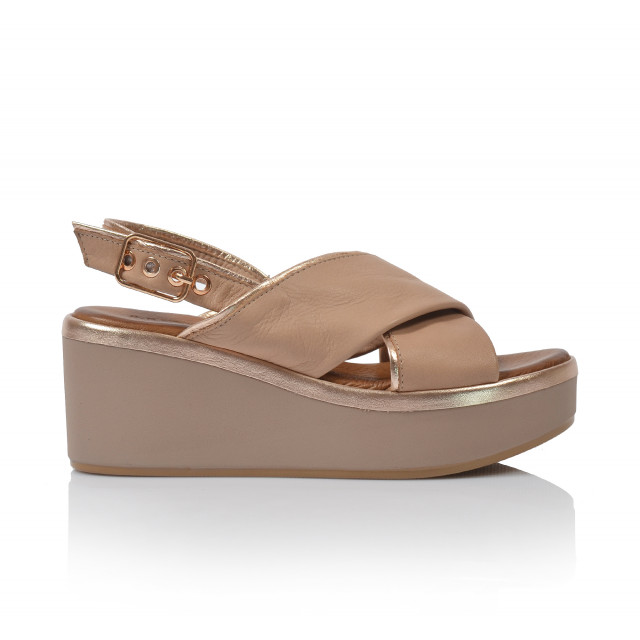 9a2f5e19c915 Dámske sandále na platforme 124009 béžová - UNISHOES.sk