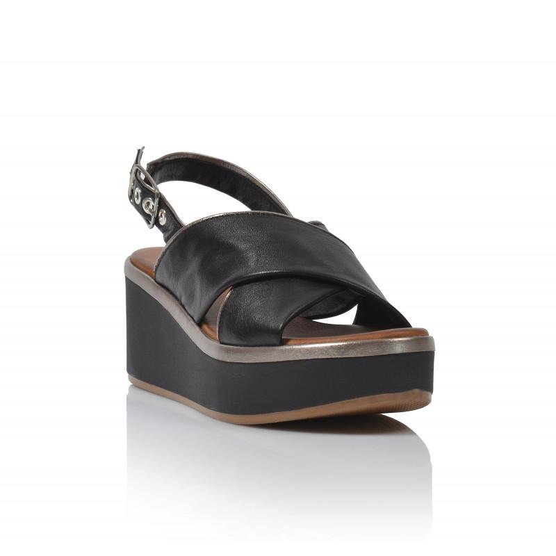 ec1124aed76c Dámske sandále na platforme 124009 čierna - UNISHOES.sk